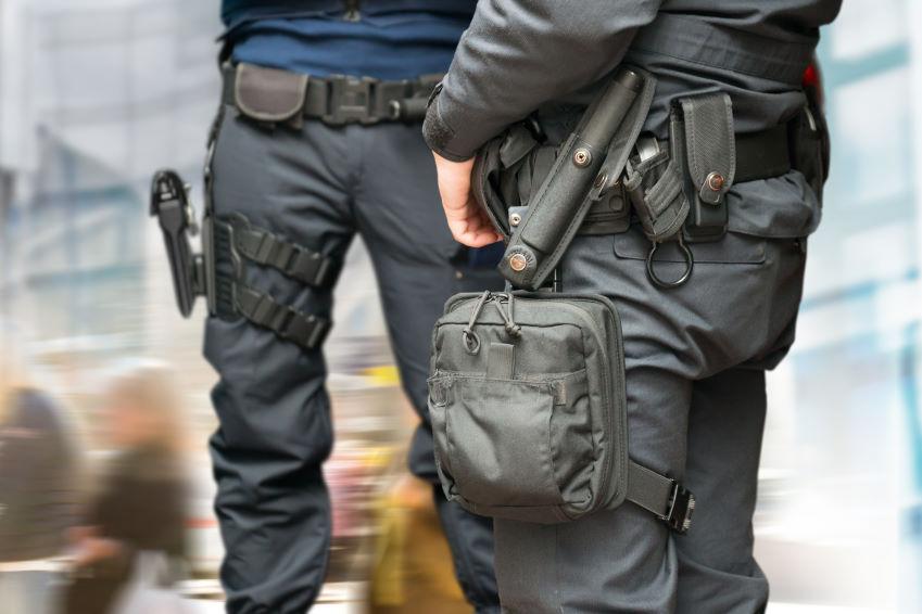 Bewaffnete Dienste & Transporte